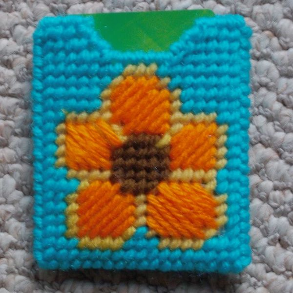 gift card holders plastic canvas and flower designs on