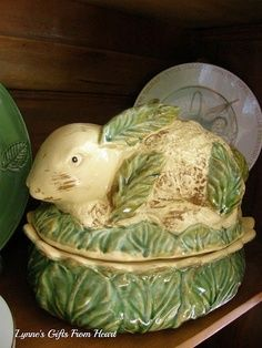 Modern majolica pottery bunny, rabbit covered dish. Age and maker unknown