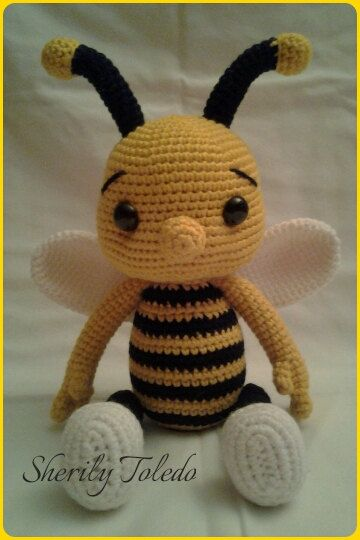 This is a DOWNLOADABLE PATTERN only. This is NOT for the actual amigurumi doll.  Meet Baby Bee BUMBLE. He is simply adorable and simple to make.  Finished size: 15 inches  Skill level: Easy (single crochet, increase, decrease)  If you have any problems following the pattern, please feel free to contact me.  *You may sell your finished item & post pictures as long as you give credit to Pattern Designer/Author: Sherily Toledo (Toledos Talents - Etsy.com/Shop/ToledosTalents - ...
