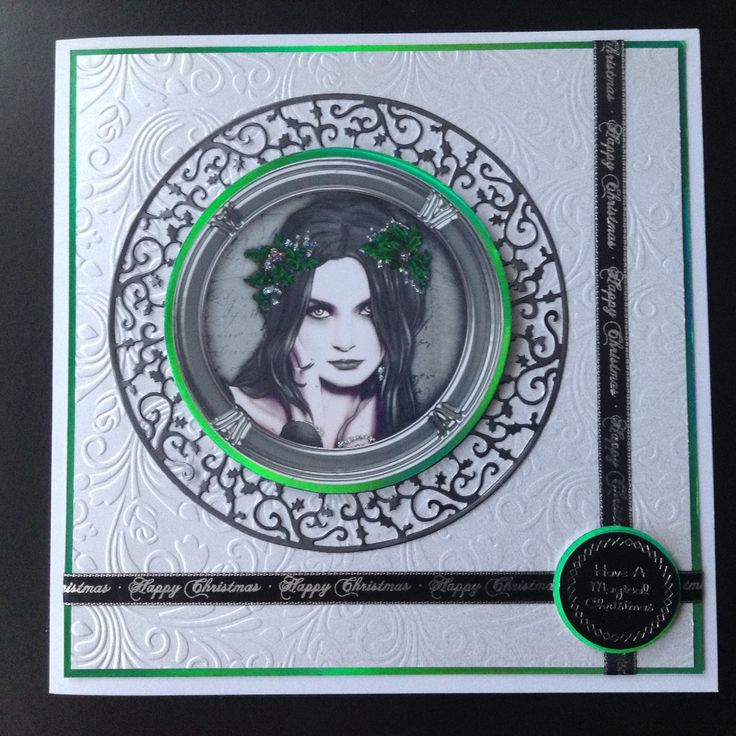 A more Gothic looking Xmas card. The green in the holly was the inspiration for the accent colour in this 8x8 card.