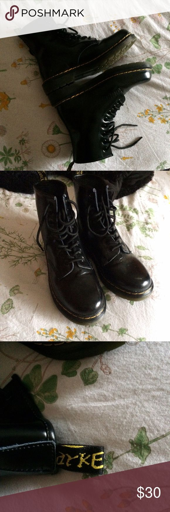 knock-off Doc Martens ❌ NOT DOC MARTEN ❌  🌿 women's size 8 🌿 looks almost entirely authentic aside from heel tag 🌿 only worn twice, some scuffing on the toes (which are steel toe!!) from my feet being stomped on at a concert Dr. Martens Shoes Combat & Moto Boots