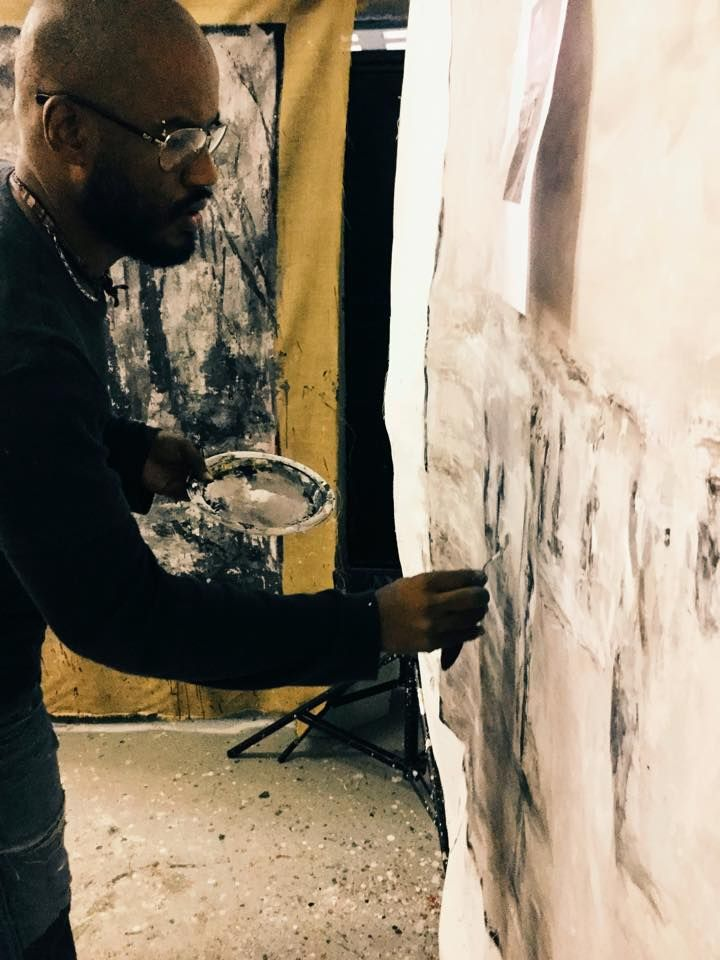 Luigi Christopher Veggetti Kanku in studio