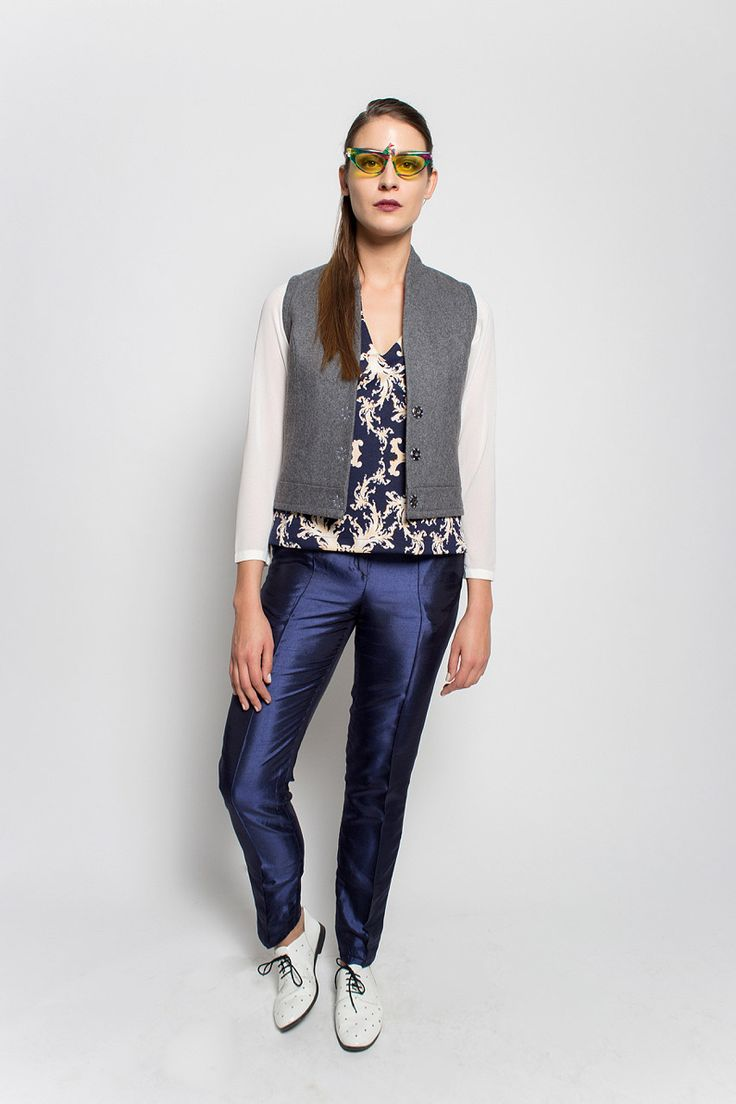 #lafemmemimi #fashion #prague #autumn #winter #2015 #lookbook #grey #vest #blue #white #print #top #slim #trousers