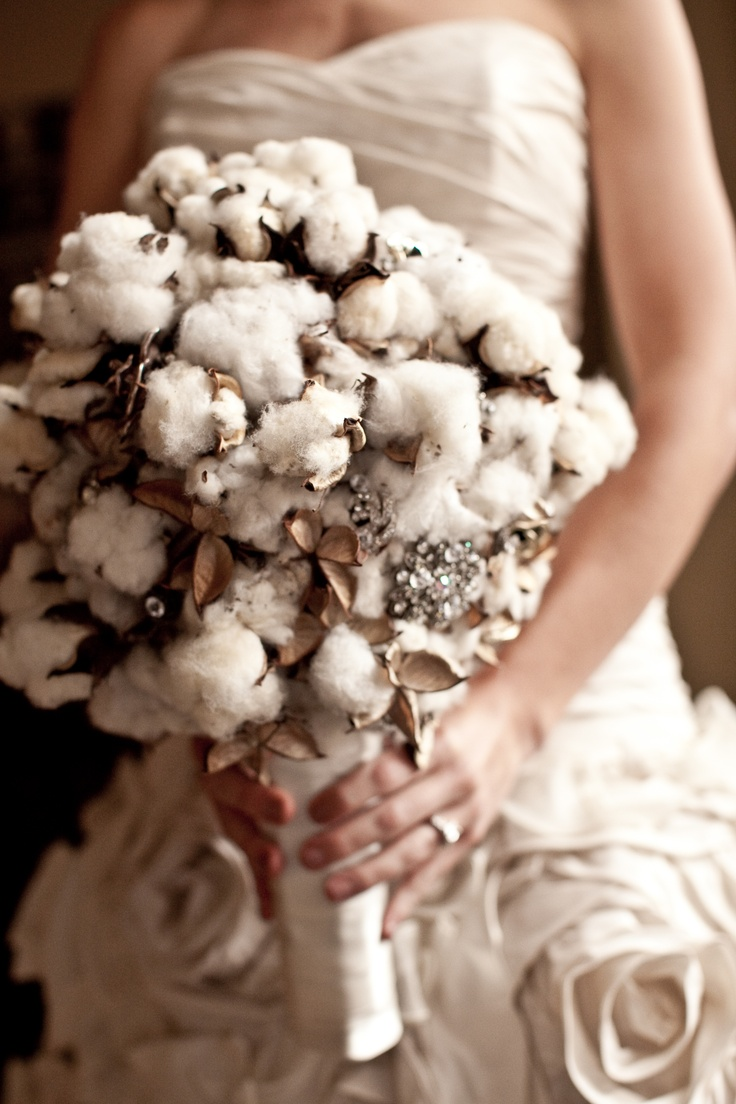 Unique and unusual bouquet made of cotton and not the traditional flowers. It is soft, subtle, beautiful, and brings a touch of nature to your event.