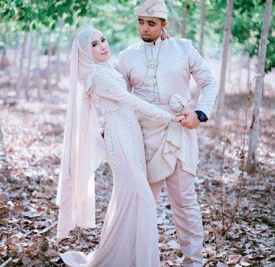 Wedding Gown Malaysia: 24 Best Malay Wedding Dress Images On Pinterest