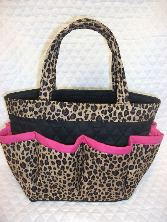 Cheetah print with pink trim   bingo bag  /great by sewtrendyrose, $22.00