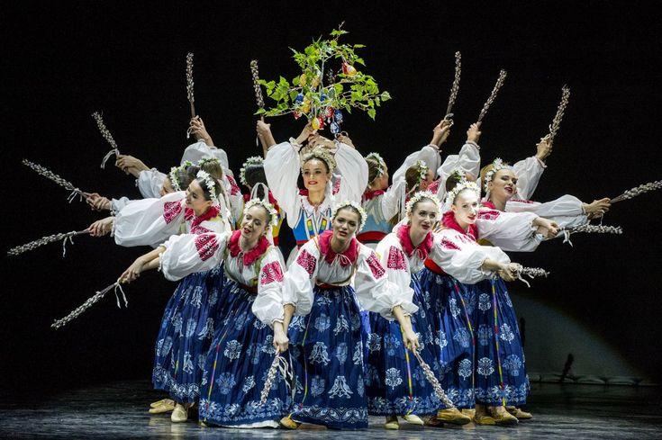 Umelecký súbor Lúčnica uviedol v premiére v pondelok večer v historickej budove Slovenského národného divadla galaprogram Štefan Nosáľ 90.