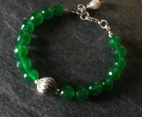 Jewelry / Bracelet/ Emerald/ Classic / by CatchyTreasures on Etsy