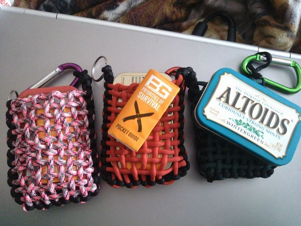 How to make a paracord pouch for survival tins survival for How to make a paracord bag
