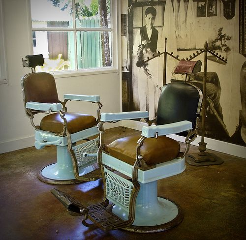 1000 Images About Vintage Barber Chairs On Pinterest