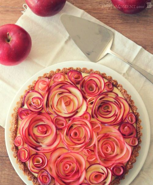Love the apple rose design! Apple Rose Tart with Maple Custard and Walnut Crust