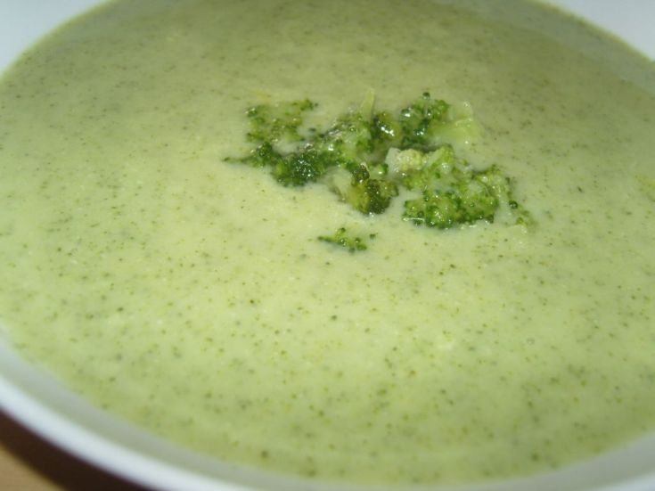 Fotorecept: Brokolicová krémová polievka