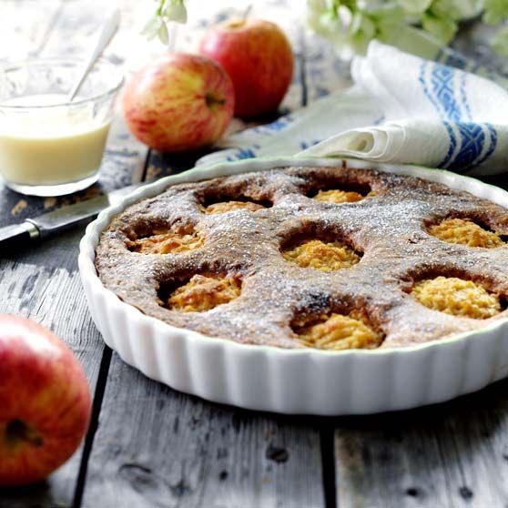 Kokosæblekage -http://www.dansukker.dk/dk/opskrifter/kokosaeblekage.aspx #dansukker #opskrift #æblekage #æble #kokos #kage #cake #food #mad #eat #spis #snack #inspiration #lækkert