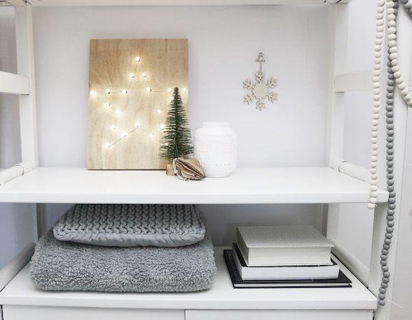 KARWEI | Maak van simpele kerstverlichting zelf heel gemakkelijk leuke kerstversiering.