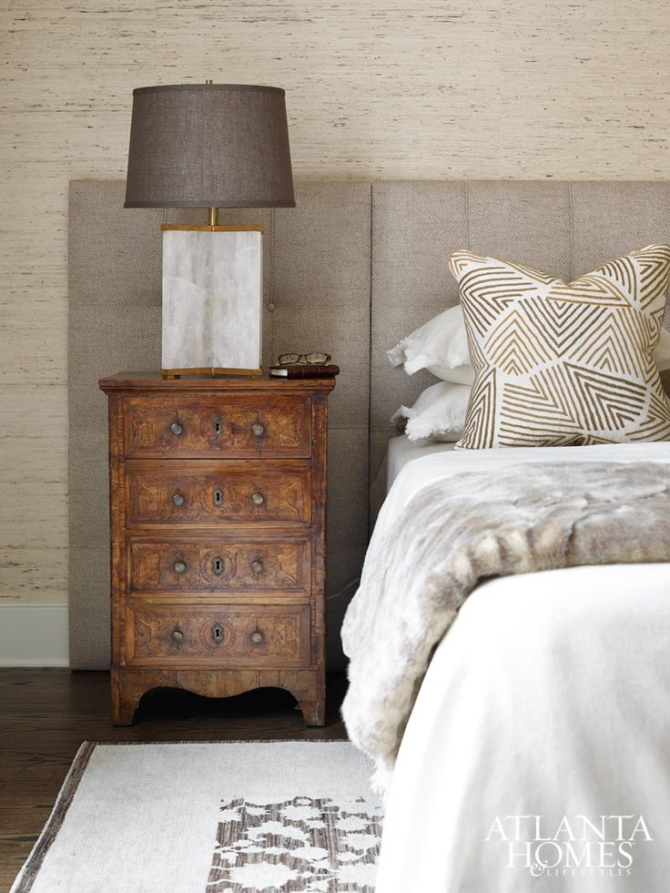 Guest Retreat | Design by Karen Ferguson, Harrison Design Associates // Photographed by Emily Followill | Atlanta Homes & Lifestyles