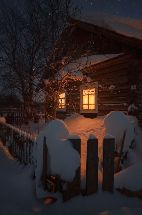 fallsforautumn:  christmasalwaysandforever:  Christmas Blog! All...