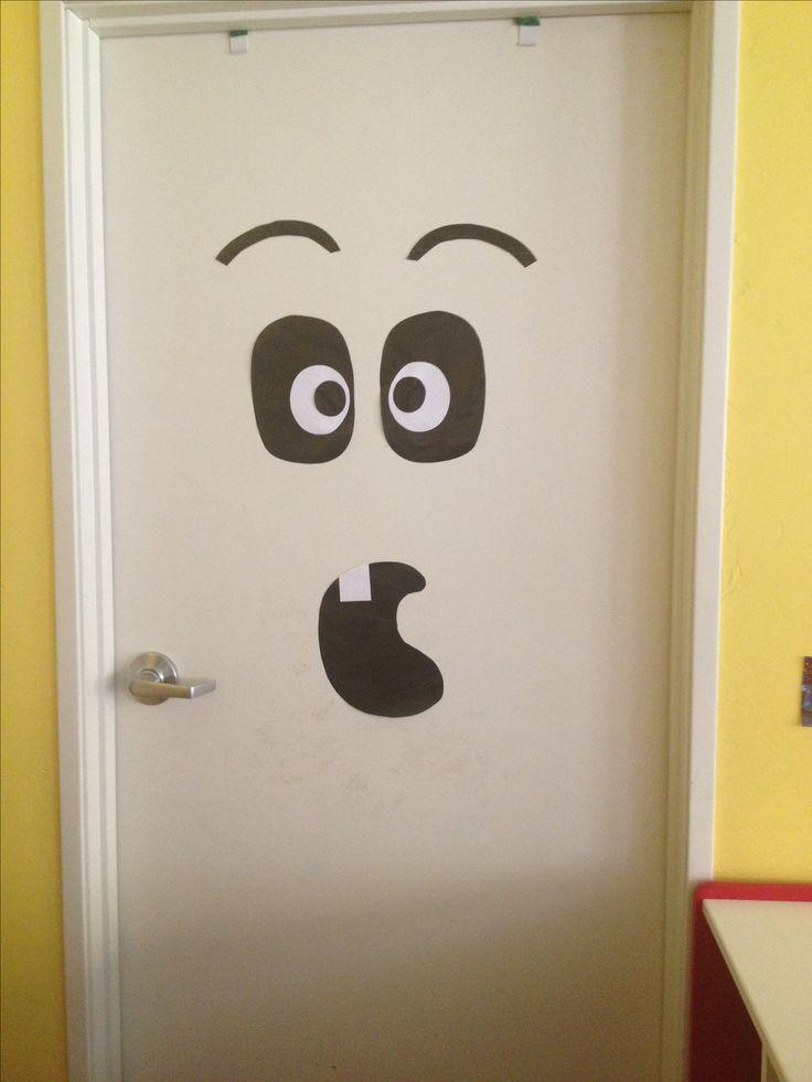 Halloween door decoration halloween pinterest for Door idea pinterest