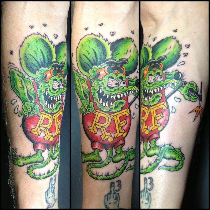 traditional rat fink tattooed by chris lain pinnacle tattoo corpus christi tx ratfink. Black Bedroom Furniture Sets. Home Design Ideas