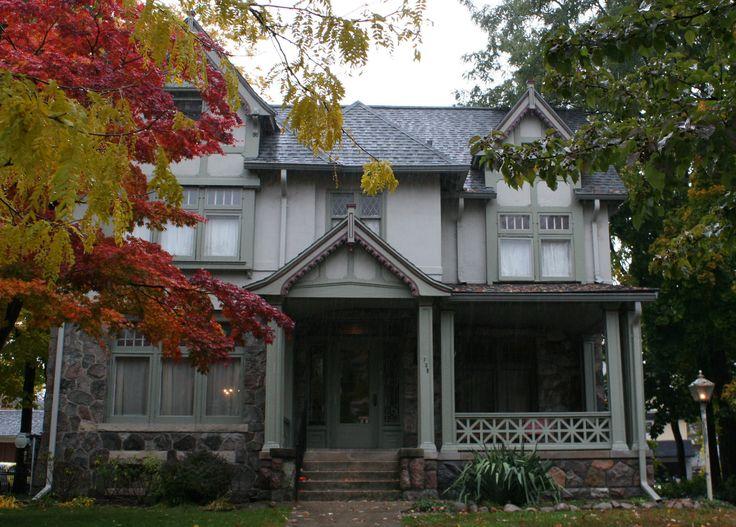 1000 images about tudor paint schemes on pinterest - Tudor revival exterior paint colors ...
