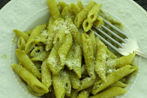 Pasta con crema di zucchine- Rosetta Costantino (This sauce is amazing, I made it at a cooking class with Rosetta, so much vegetable, amazing flavor)
