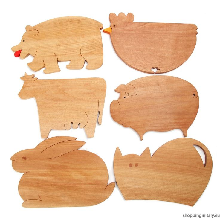 Farm Cutting Boards is a set of 6 wood cutting boards. #farm #cutting #board #wood #madeinitaly #shoppinginitaly #kitchen http://www.shoppinginitaly.eu/product/farm-cutting-boards/