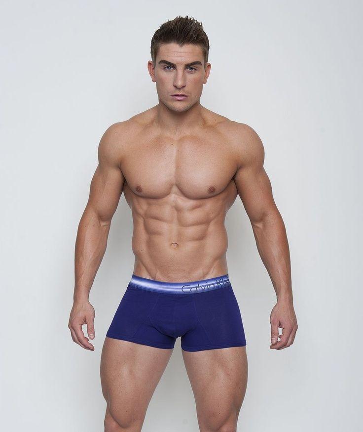 Ryan Terry : que du muscles