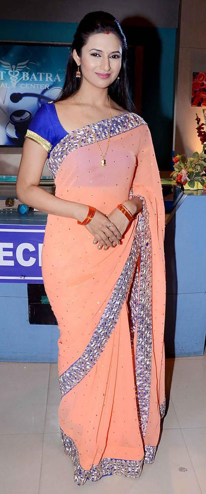 Divyanka Tripathi look very beautiful in this saree - Find the wide range bollywood replica saree collection from online store.