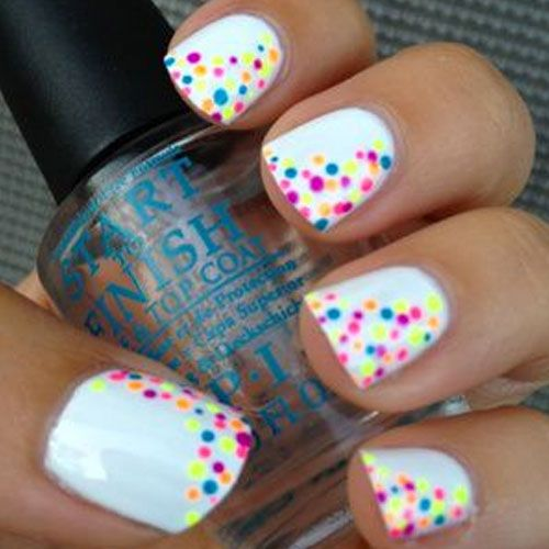14 White Nail Polish Designs - See them all right here -> http://www.nailmypolish.com/white-nail-polish-designs/