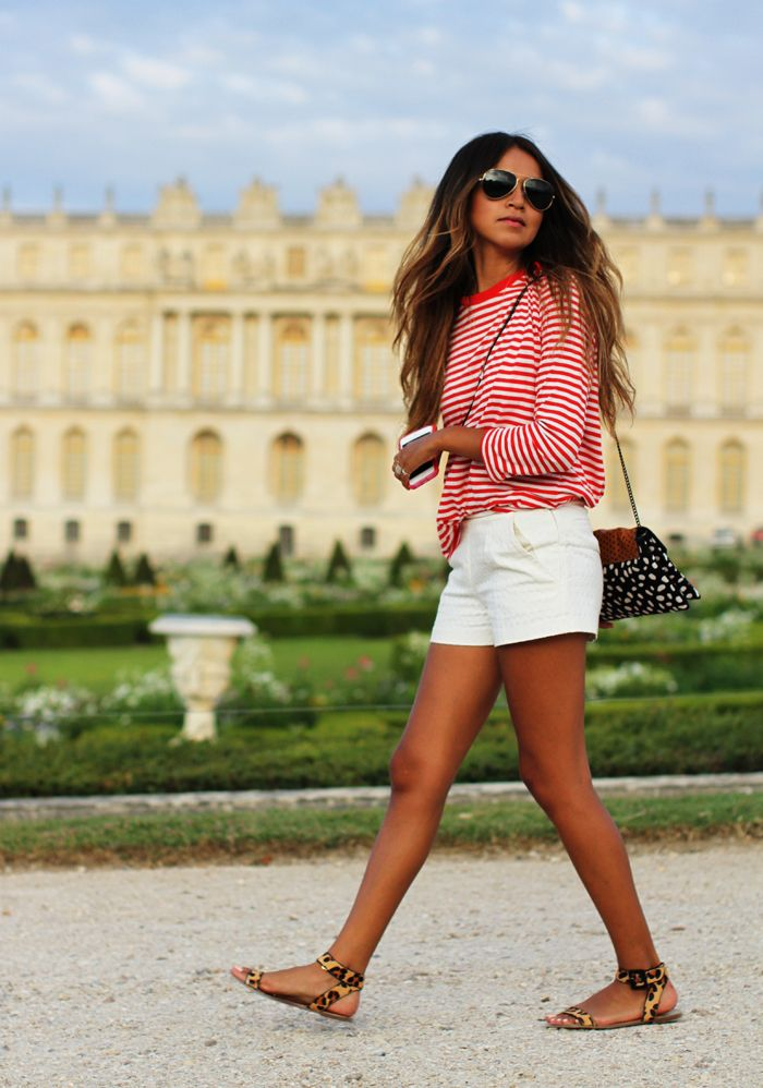 Tee: Cos, Shorts: Sézane, Sandals: Zara, Bag: Loeffler Randall, Shades: Ray Ban