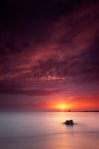 Porto Cesareo  -   Salento Puglia Italia Apulien in Italien. Schöner Sonnenuntergang am Strand.