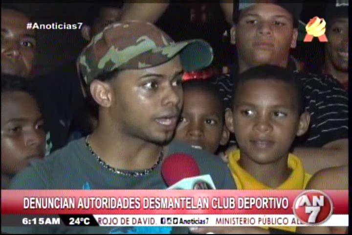 Presidente De Club Deportivo Cobrando Dinero Por Construcción De Cancha