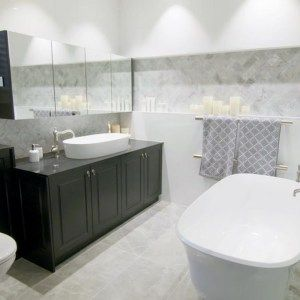 Victoria and Albert Amiata bath and Ios 80 basin were used in Shaynna Blaze's Deadline Design episode 1 bathroom renovation. Black bathroom cabinet, Perrin & Rowe tapware and marble tiles. Victoria and Albert are imported and distributed in Australia by Luxe by Design Brisbane. Speak to our staff about custom colour baths and basins today 07 3265 7133