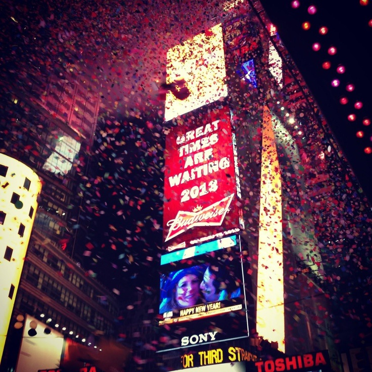 28 best new year 39 s eve celebrations around the world for What to do around times square