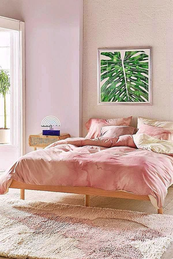 Teenage Girl Bedroom Decor Hacks The Quantity Of Sun Light Obtainable In An Area Plays A Sizable Rol Marble Duvet Cover Rose Gold Bedroom Copper Bedroom Decor