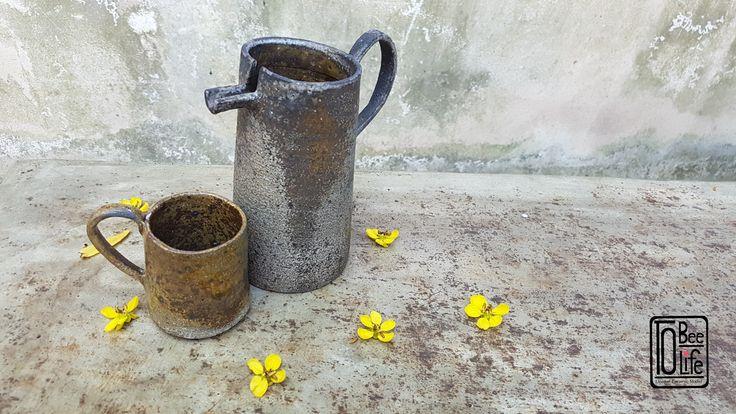 Jar & cup, wood firing process on winter 2016  By. Chittanun L. ToBeeLife Unique Ceramic  #ceramic #ceramika #cup #coffeecup #handicraft #керамика #глиняный #keramik #clay #craft #rzemiosło #filiżanka #garncarstwo #handmade #handbuilt #Tobeelife #Thailand #filiżankadoherbaty #ручнойработы