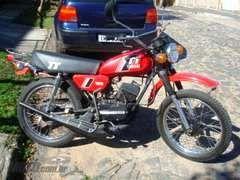 1983 - Yamaha TT125 1982 - não tenho foto, mas era bem parecida com esta