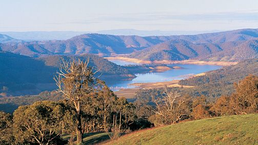 Lake Eildon, High Country, Victoria, Australia