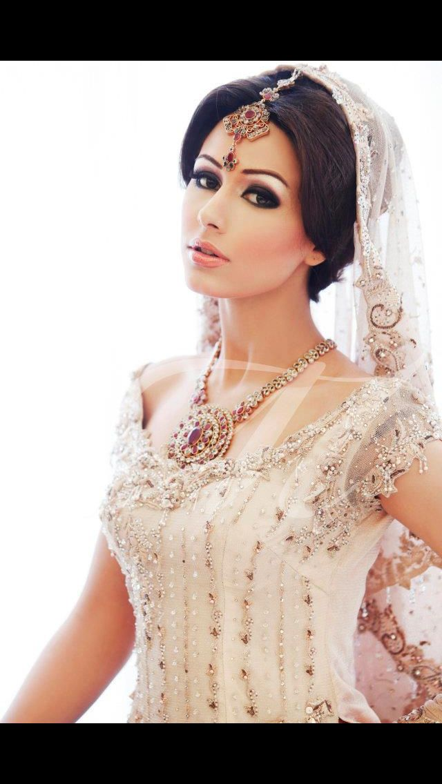 Pakistan bridal fashion