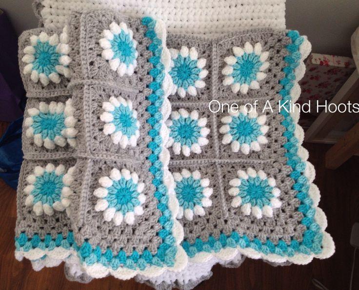 Handmade Crochet Large Daisy Blanket ❤️
