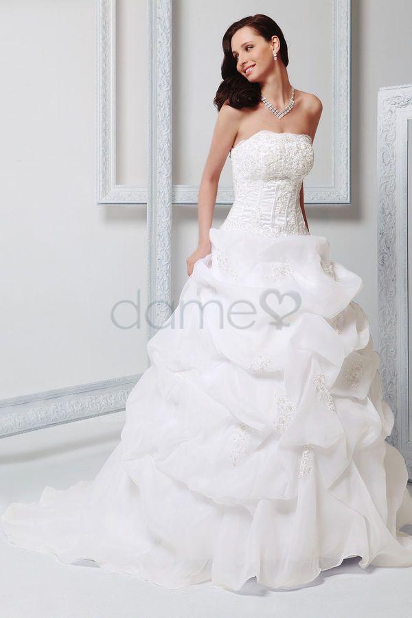 32 best brautkleider images on Pinterest | Wedding frocks ...