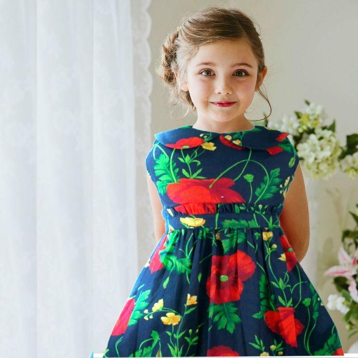 Vestido infantil marinho floral