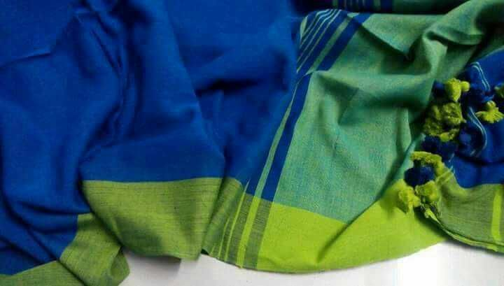 Plain khadi with blouse piece ( color of pallu )https://www.moifash.com/south-ethnicz/product?id=58df55d3a545fa86137e3609