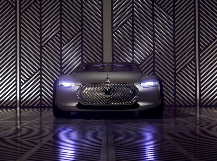 #CoupéC #ConceptCar - Groupe #Renault designers celebrate #LeCorbusier at #VillaSavoye (c) Renault Design