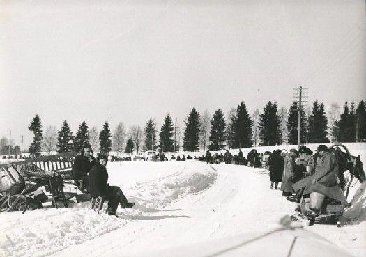 Evacuees from East-Finland - Evacuation of Finnish Karelia - Wikipedia, the free encyclopedia