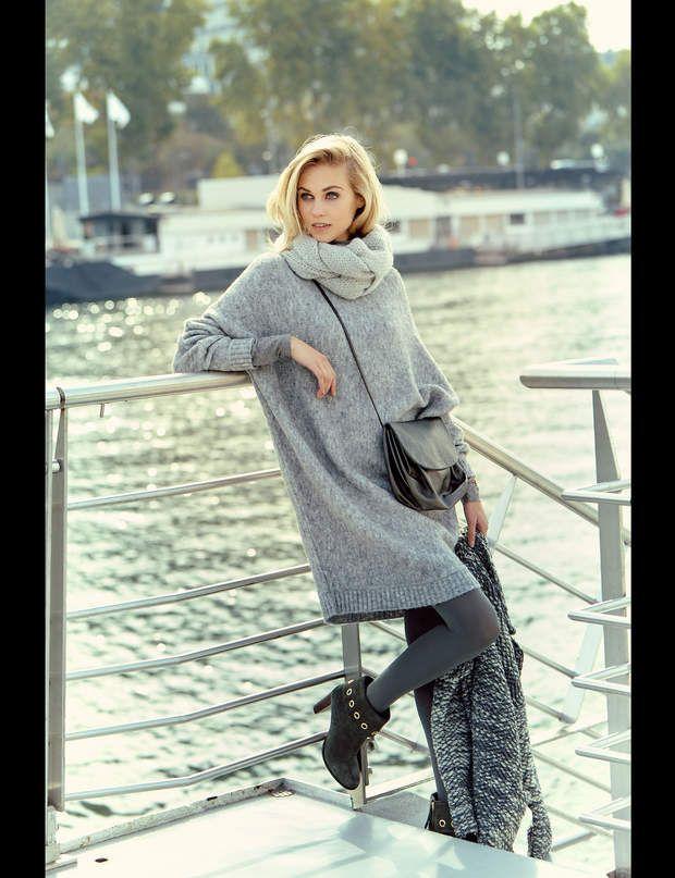 La robe oversizeRobe en laine, Minimum, 145 €. Manteau en laine, LPB Woman, 189 €. Col en acrylique, U Collection, 7,95 €. Sac Linde Gallery, montre Swarovski, collants Wolford, boots Tila March.