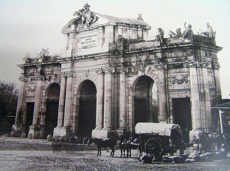 Puerta de Alcalá de Madrid, Portal Fuenterrebollo