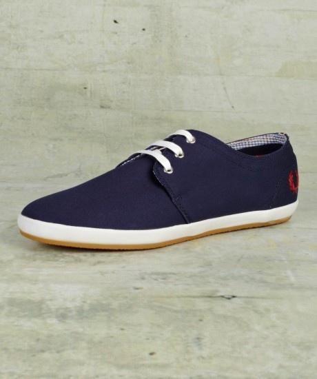 Fred Perry - Finn Twill Shoe   I want these sooo bad! :)