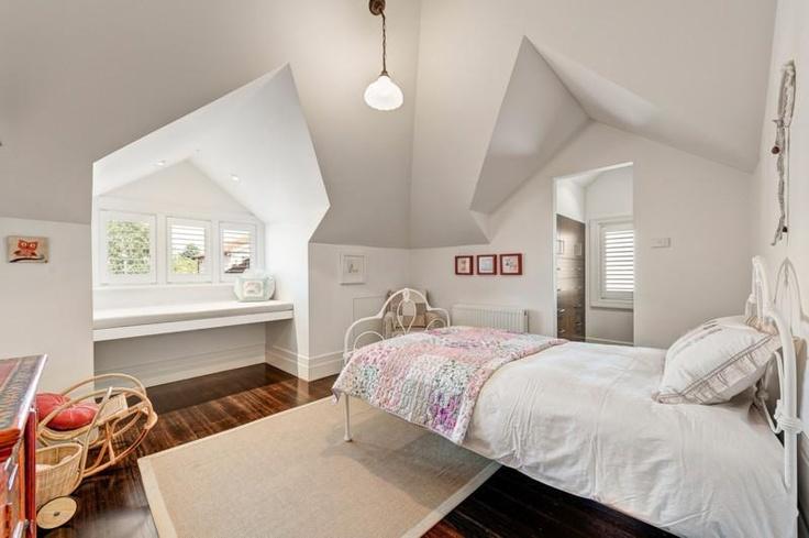 Single attic bedroom