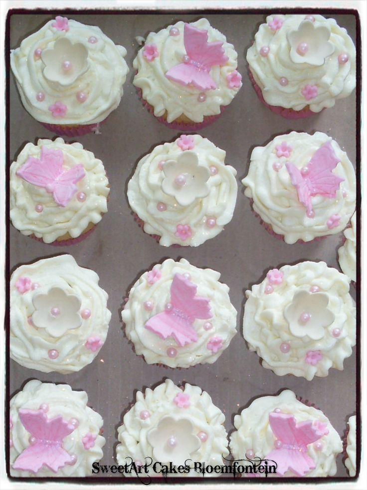BABY SHOWER CUPCAKES For more info or orders email sweetartbfn@gmail.com or call 0712127786 (Deliveries of decor available nationwide)
