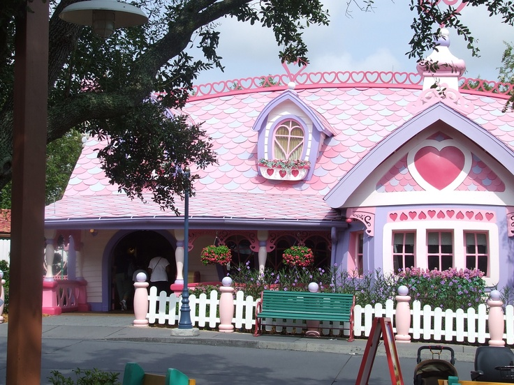 Minnie S House Now Demolished In Mickey S Toontown Fair